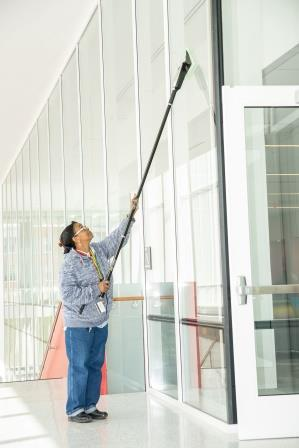 UMD Building Services implements Stingray window cleaning