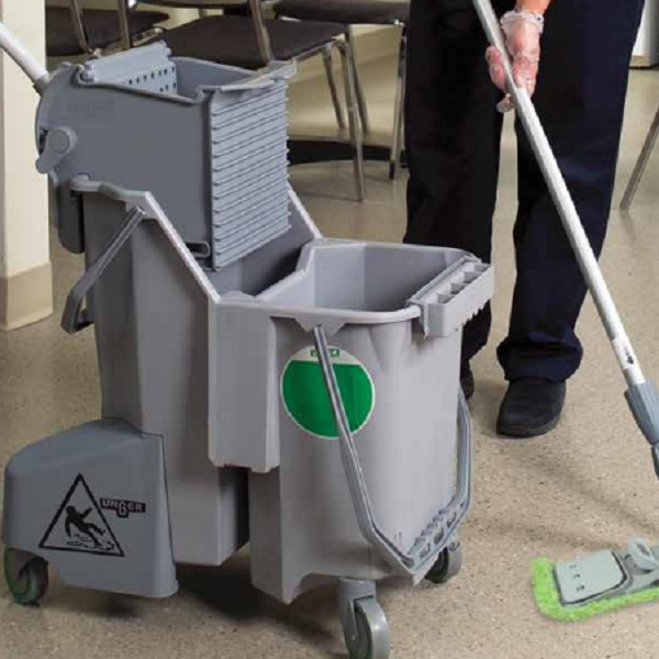green-floor-mop-600
